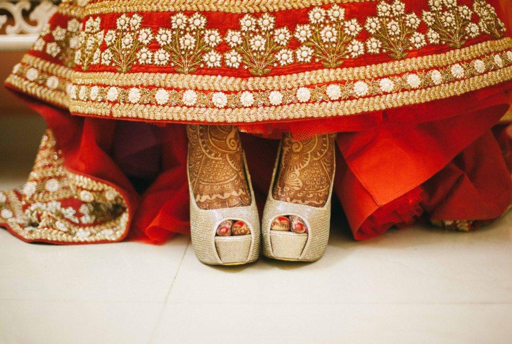 Reg & Gold IV - Fairytale Shoes
